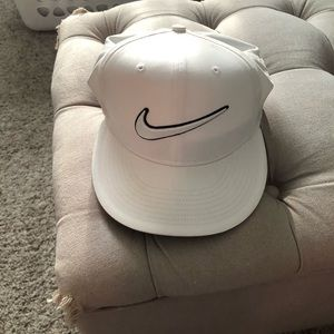 Nike Golf Snap Back